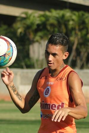 Thiago será titular na partida contra o Atlético-ES (Foto: Henrique Montovanelli/Desportiva Ferroviária)
