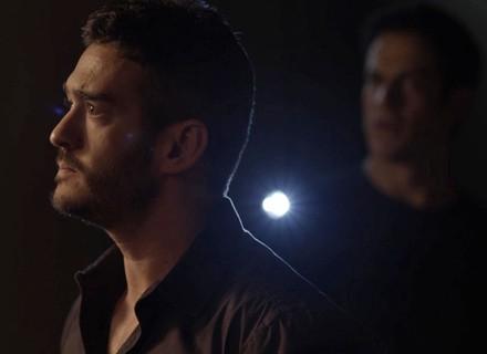 Teaser: Eric e Domênico procuram provas contra Agnaldo