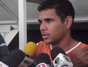 Recuperado, Éderson deve enfrentar o Bragantino (Foto: Matheus Magalhães/GLOBOESPORTE.COM)