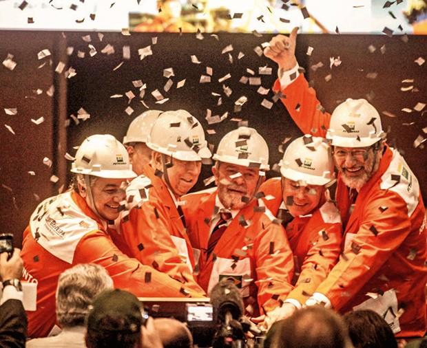 Empresa;Petrobras;captação recorde de US$ 70 bilhões, em 2010 (Foto: Reuters/Nacho Doce)