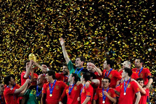 Em 2010 a Espanha confirmou o favoritismo e conquistou a Copa do Mundo disputada na África do Sul - mas nem sempre é assim (Foto: Getty Images)