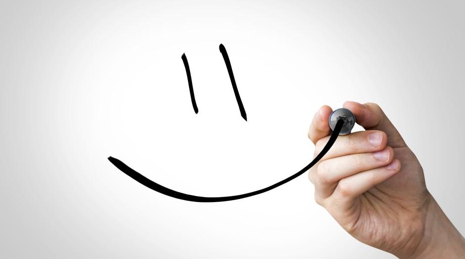 O ciclo é simples: funcionários felizes dão um bom atendimento aos clientes, deixando-os felizes e causando o crescimento da empresa (Foto: Thinkstock)