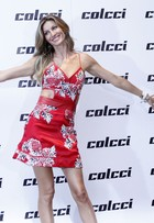 Gisele Bündchen vai à festa depois de último desfile de sua carreira
