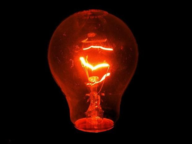 As lâmpadas incandescentes de potência entre 25w e 40w, ainda podem ser comercializadas (Foto: Divulgação)