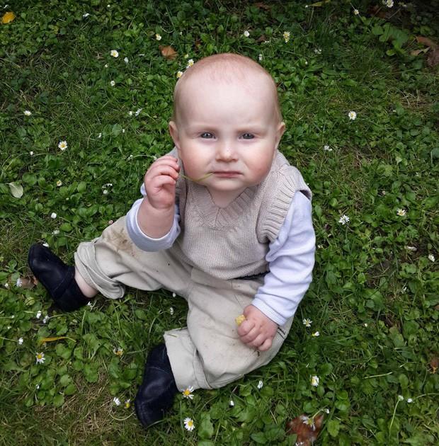Homem postou foto do filho afirmando que se parece com o presidente da Rússia, Vladmir Putin (Foto: Reprodução/Imgur/prizman)