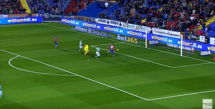 BLOG: Brasileiro perde gol incrível em derrota do Levante para o Bétis