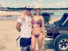 Francine Piaia exibe cinturinha fina em viagem ao Nordeste com namorado