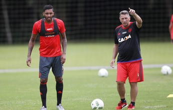 Da casa para o campo, César Martins volta para o time titular do Flamengo