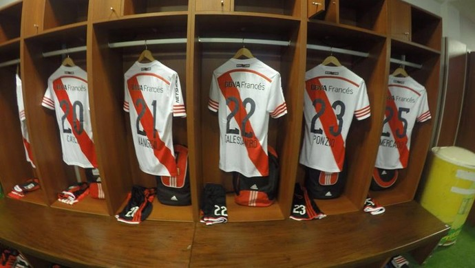 Internacional Inter D'Alessandro River Plate (Foto: Reprodução/Facebook)