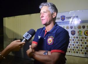 Márcio Bittencourt, técnico do Vilhena (Foto: Jonatas Boni)