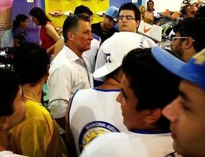 Márcio Bittencourt São José torcida (Foto: Arthur Costa/ Globoesporte.com)