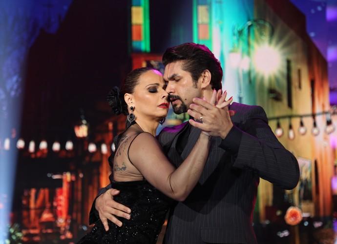Viviane Araújo e Marcelo Grangeiro conquistaram o público no tango (Foto: Carol Caminha/Gshow)