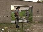 Troca de tiros após tentativa de roubo mata suspeitos e fere PMs, em Goiás