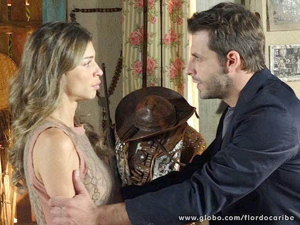 Cassiano não se conformar em abrir mão da amada (Foto: Flor do Caribe/TV Globo)