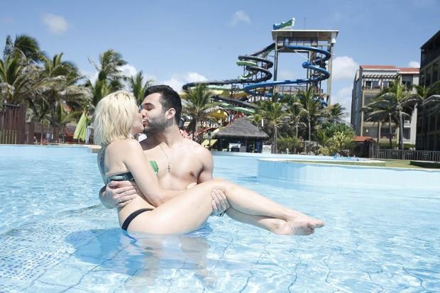 Antônia Fontenelle e Jonathan Costa (Foto: Felipe Panfili / AgNews)