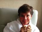 Netinho posta foto após fazer ressonância magnética no cérebro