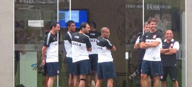 Treino Corinthians Titulares (Foto: Diego Ribeiro / Globoesporte.com)