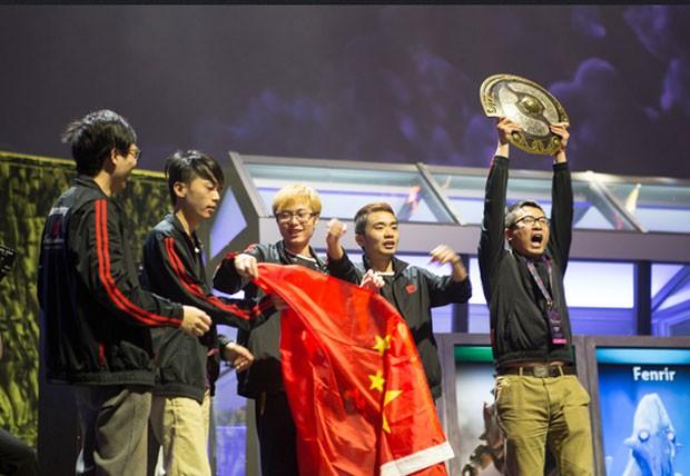 Equipe Newbee, da China, ganhou US$ 5 milhões ao vencer o mundial de 'Dota 2' (Foto: Divulgação/Valve)