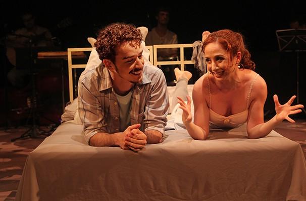 Gabriel Stauffer e Anna Bello dão vida ao casal de apaixonados (Foto: Divulgação)
