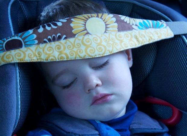 slumbersling ou faixa soneca  (Foto: (Reprodução/ Facebook))