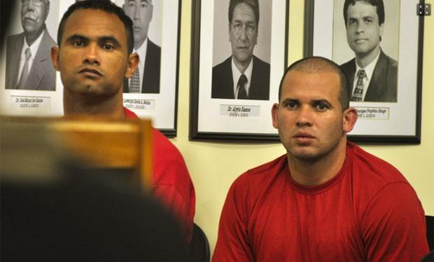 Bruno e Macarrão acompanham depoimentos das testemunhas de acusação (Foto: Vagner Antonio / TJMG)