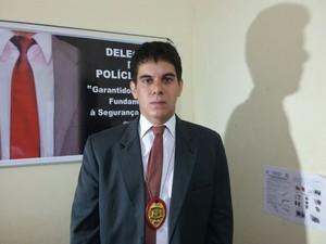 Delegado Yan Brayner, responsável pelas investigações  (Foto: Ellyo Teixeira/G1)