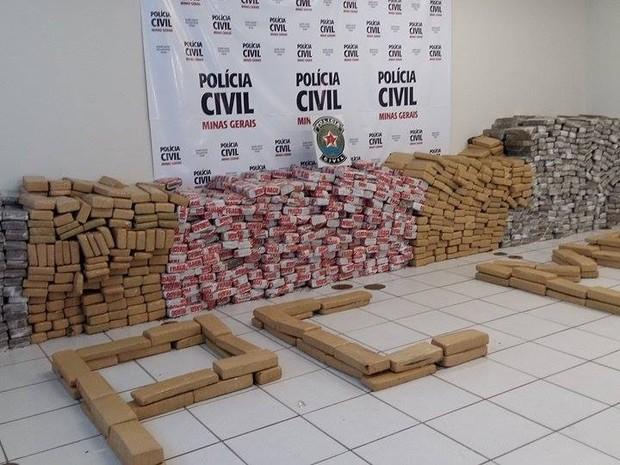 'Operação Zeus' resulta na maior apreensão de drogas de Uberlândia (Foto: Caroline Aleixo/G1)
