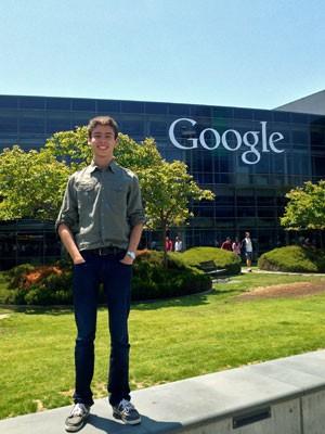 Eduardo Miranda Cesar na sede da Google, na Califórnia, durante um programa de verão promovido pela University of Pennsylvania (Foto: Arquivo pessoal)