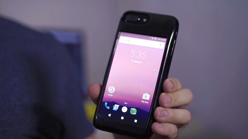 A capa Eye, que transforma iPhones em aparelhos Android (Foto: Divulgação)