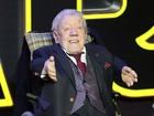 Kenny Baker, que interpretou R2-D2 em 'Star Wars', morre aos 81 anos