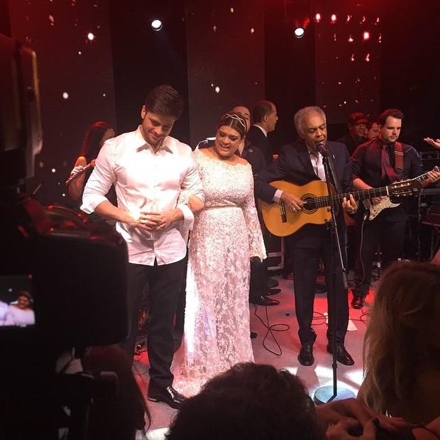 Gilberto Gil canta na festa de casamento de Preta Gil e Rodrigo Godoy em Santa Teresa, no Centro do Rio (Foto: Instagram/ Reprodução)