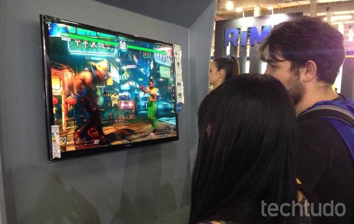 Street Fighter 5 é um dos jogos mais experimentados na BGS 2015 (Foto: Cassio Barbosa/TechTudo)