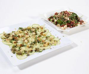 Carpaccio de abobrinha e salada de cevada