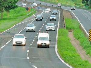 Quem usa estrada para o trabalho já se preocupa com novos valores (Foto: Vinícius Pacheco/G1)