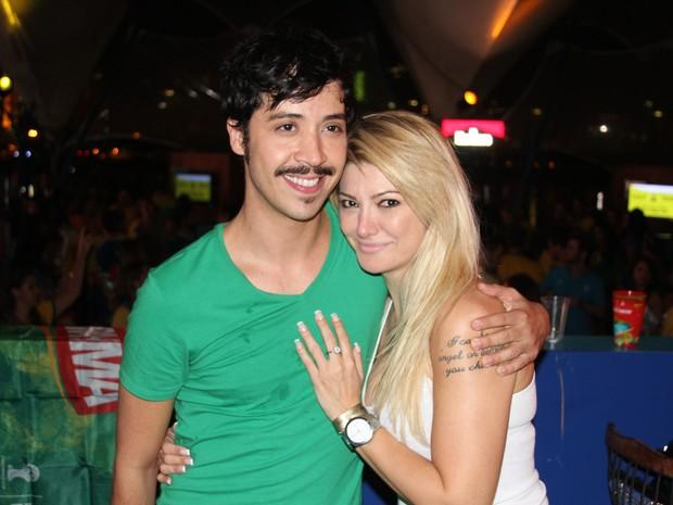 Arlindo Lopes e Antônia Fontenelle em festa no Rio (Foto: Magrão Fotógráfo/ Divulgação)