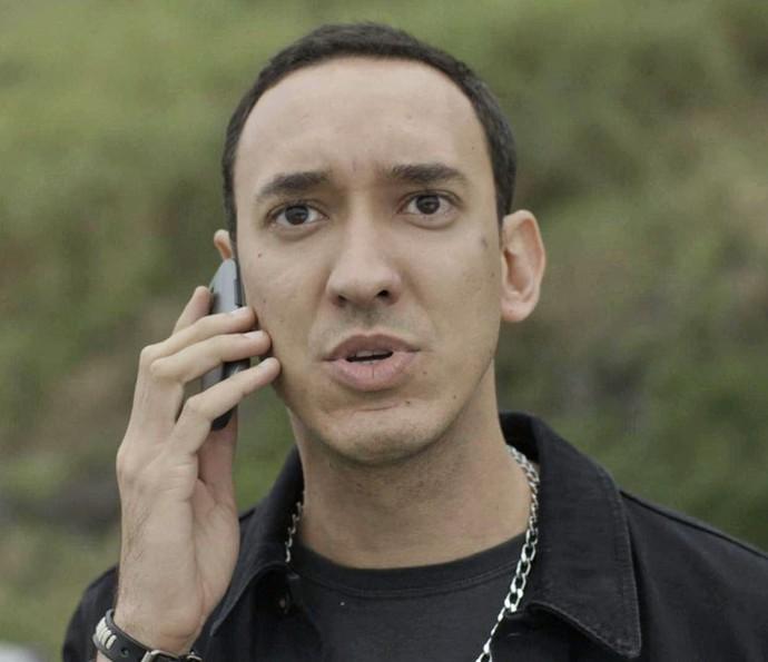 Dinamite fica surpreso com o pedido de Leozinho (Foto: TV Globo)