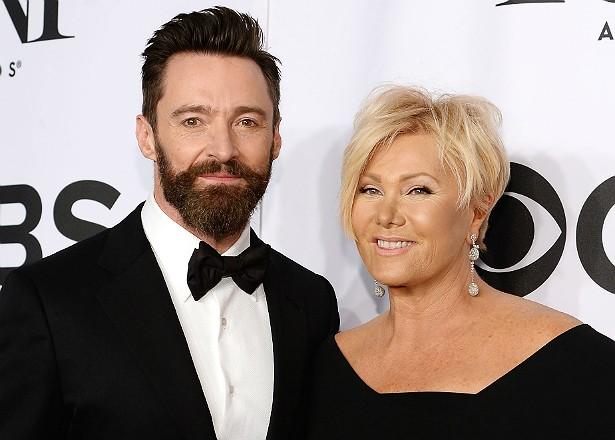 Os dois filhos de Hugh Jackman com a esposa, a também atriz Deborra-Lee Furness, são adotados. (Foto: Getty Images)