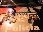 Mãe e filho são presos com armas e drogas em São José dos Campos