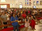 Missa homenageia vítimas de incêndio que matou 9 pessoas na Bahia