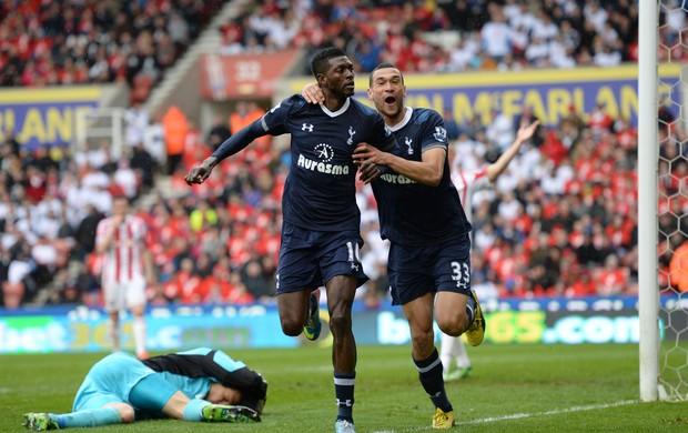 Adebayor Tottenham (Foto: Getty Images)