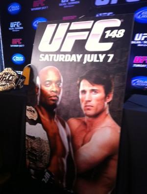 Cartaz do UFC com Sonnen x Anderson acontecendo em 7 de julho, no UFC 148, em Las Vegas (Foto: Amanda Kestelman - SporTV.com)