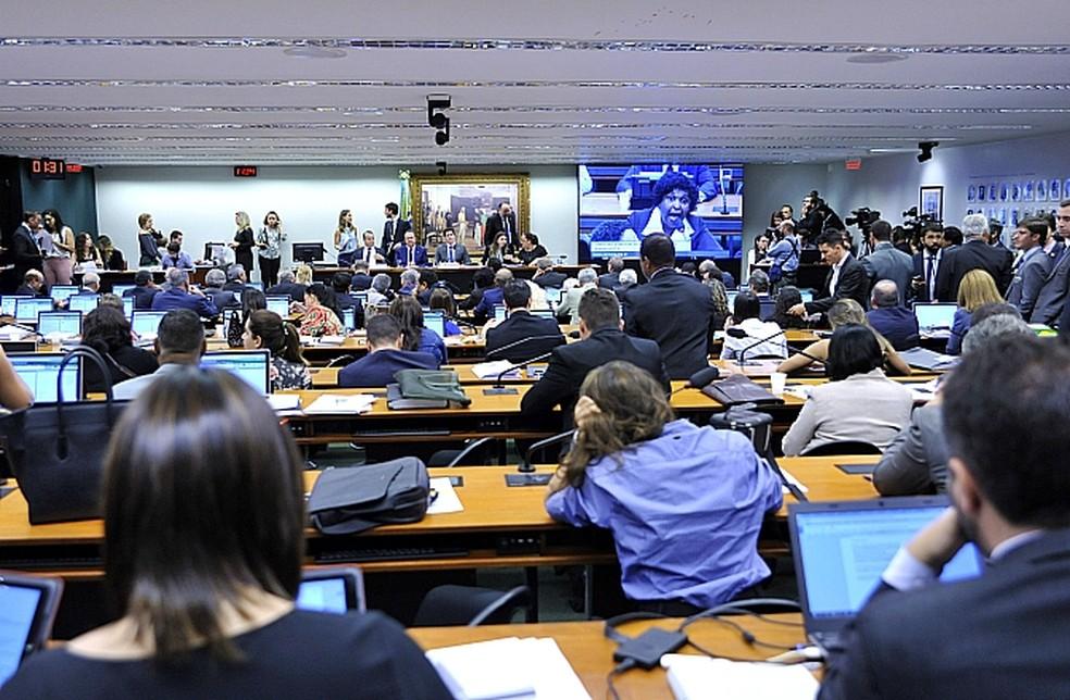 Comissão da Câmara vota parecer de reforma trabalhista (Foto: Alex Ferreira / Câmara dos Deputados)