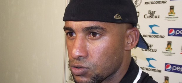 Brasão, atacante do Treze (Foto: Silas Batista / globoesporte.com/pb)