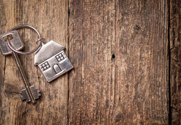 imóvel - casa própria - lar - casa - chave - vida nova - casado -  (Foto: Thinkstock)