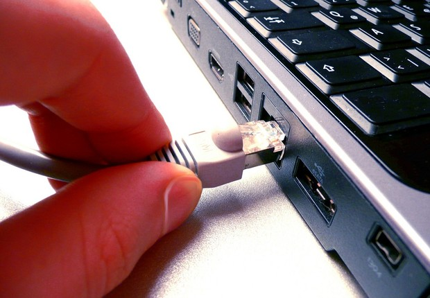 Resultado de imagem para prestação do serviço de banda larga fixa
