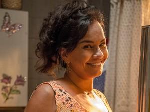 Solange Couto como Vanda, na nova temporada de Malhação (Foto: Renato Rocha Miranda / Globo)