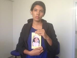 Mãe de menina sequestrada pede ajuda para a população das Filipinas para encontrar a filha (Foto: Jesana de Jesus/G1)