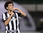 Multa de R$ 15 mi tranquiliza Botafogo em relação a assédio sobre Camilo