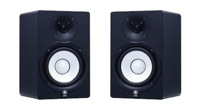 A caixa de monitoração Yamaha HS 50 oferece grande fidelidade na reprodução de áudio (Foto:Reprodução/caglayanyildiz)