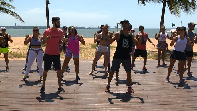 O Diego se jogou na dança e aprendeu as coreografias do verão. (Foto: Divulgação/ TV Gazeta ES)